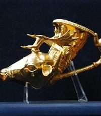 Глава на елен от Панагюрското златно съкровище